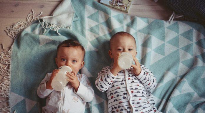 quelle quantité de lait pour bébé selon son age 3