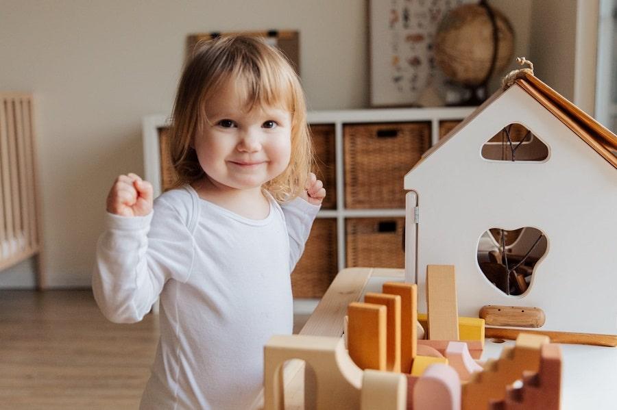 rangement-montessori-bébé