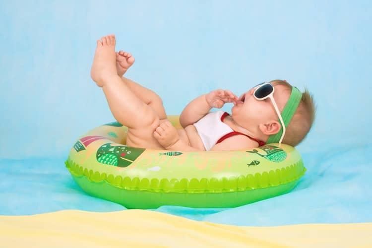 bébé-plage-protection