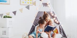 Pourquoi et comment choisir un livre montessori