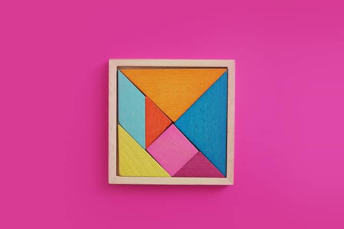 Tangram Montessori c'est quoi exactement