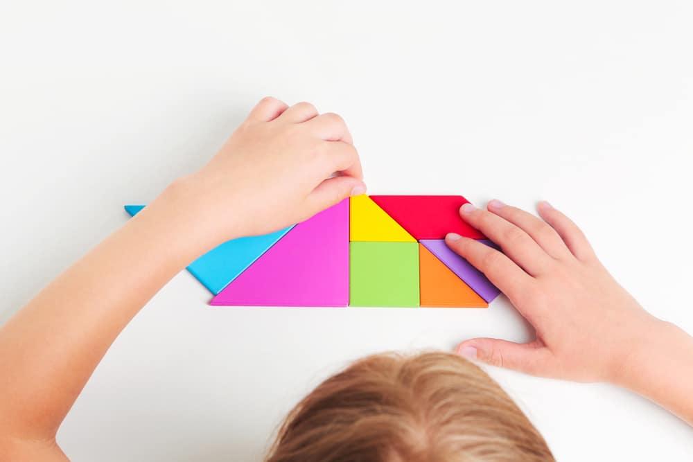 jeu tangram montessori