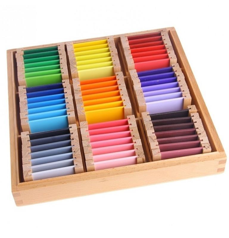 la boîte de couleur jeu montessori
