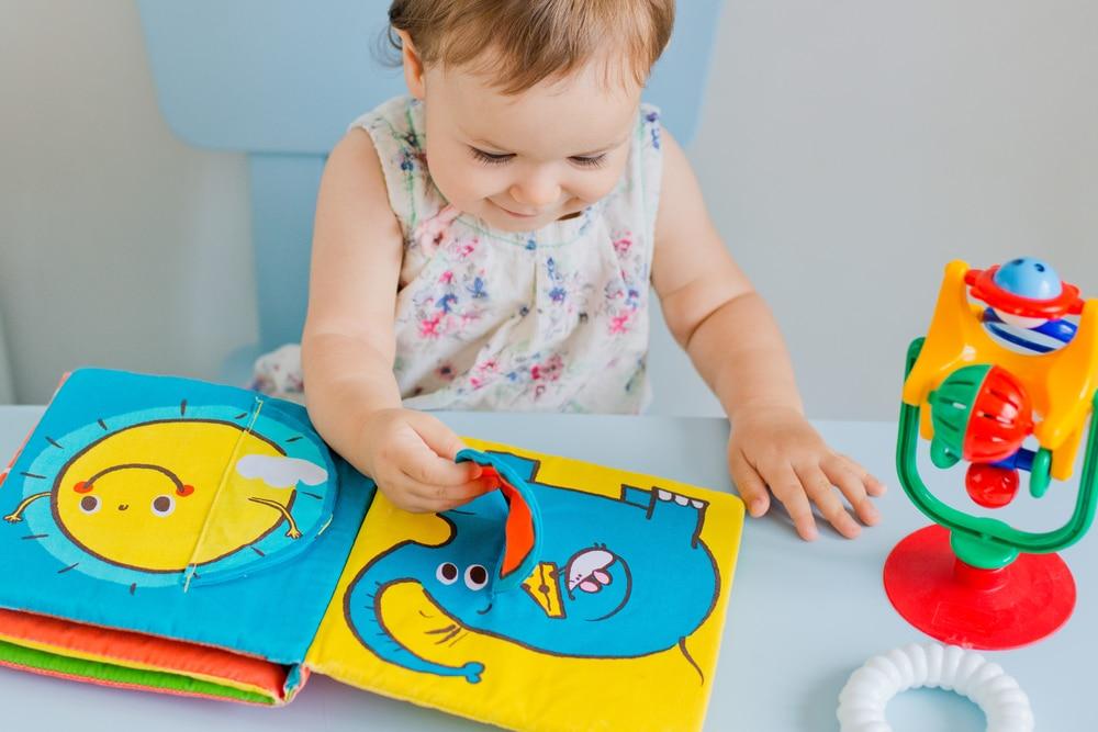 livre montessori à toucher