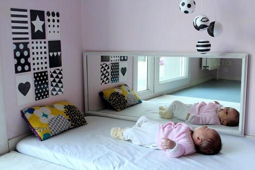 miroir montessori bébé
