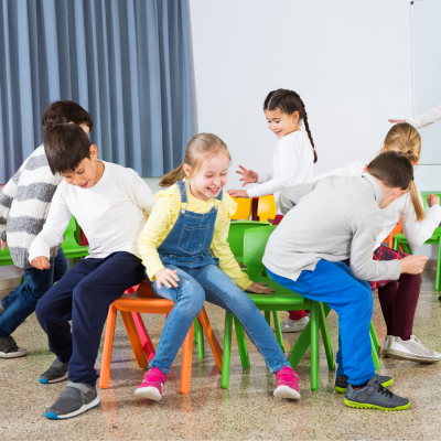 chaises musicales jeu anniversaire enfant