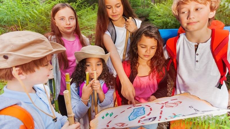 jeu anniversaire enfant chasse au trésor