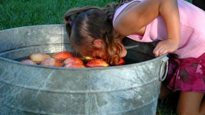 jeu des pommes anniversaire enfant