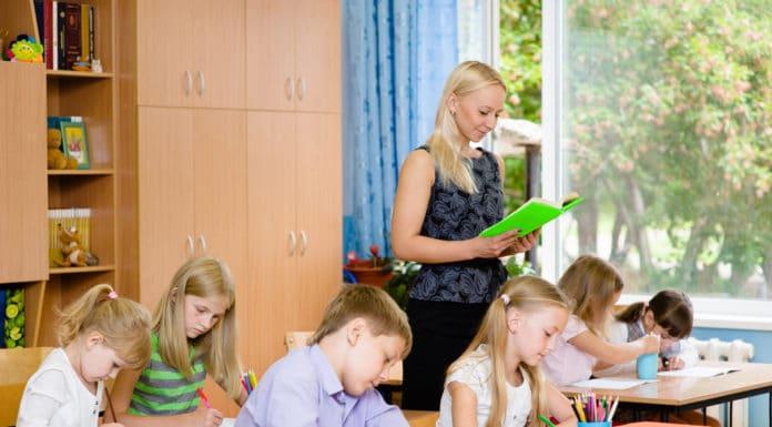 Dictée de CE2 conseils, astuces pour la réussite de son enfant