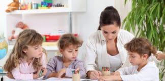 Garde d'enfants à domicile